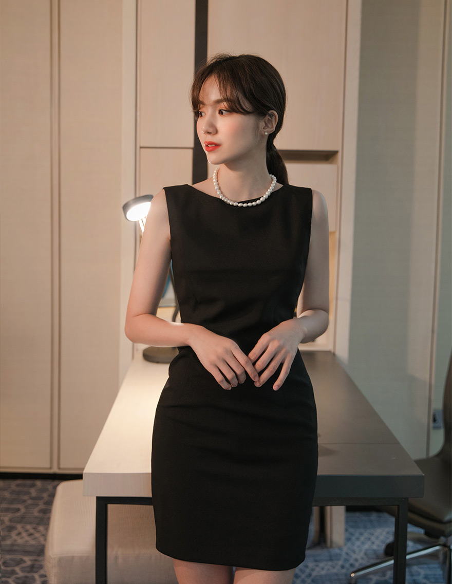 달리호텔 / Scarlett Mini Dress