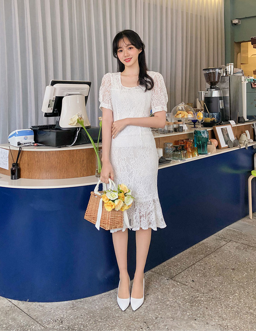 달리호텔 / Lace Puff Midi Dress