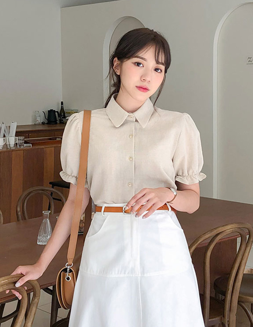 달리호텔 / Shirring Puff Collar Blouse