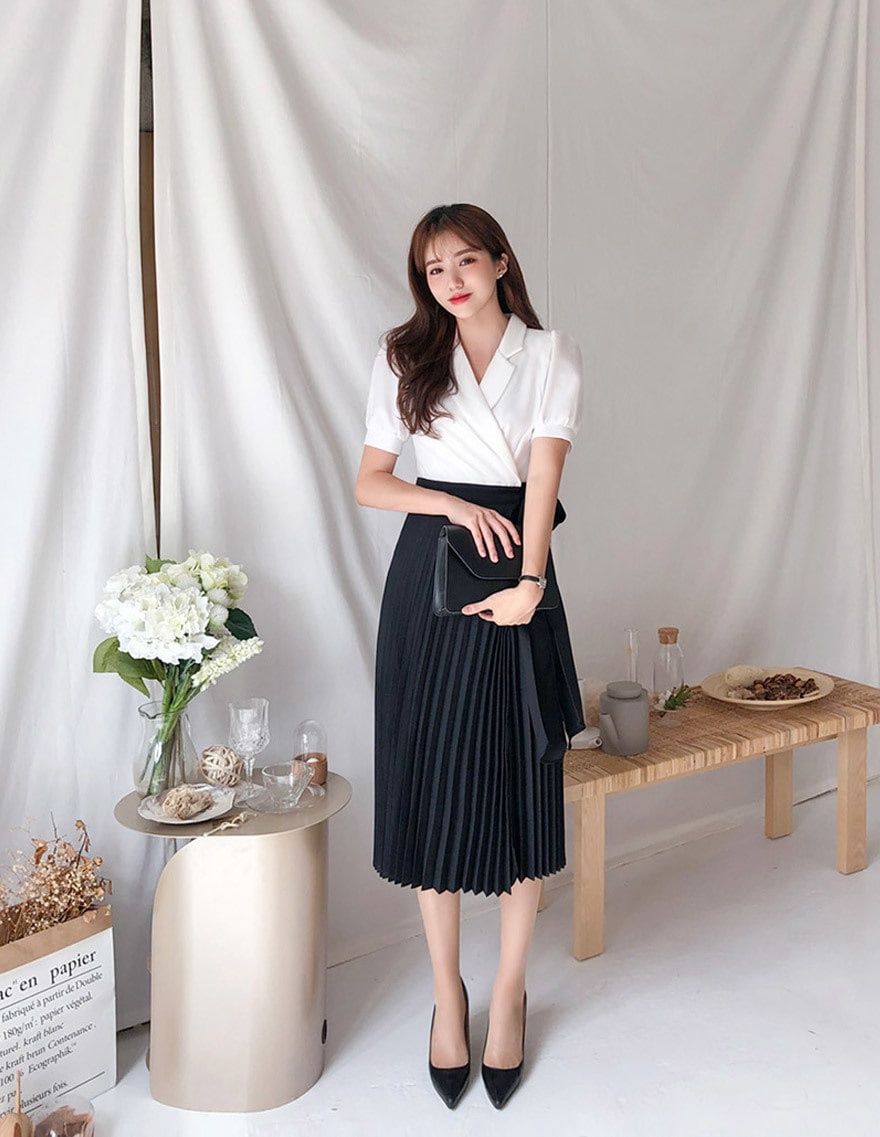 달리호텔 / Blouse Layered Pleated Dress