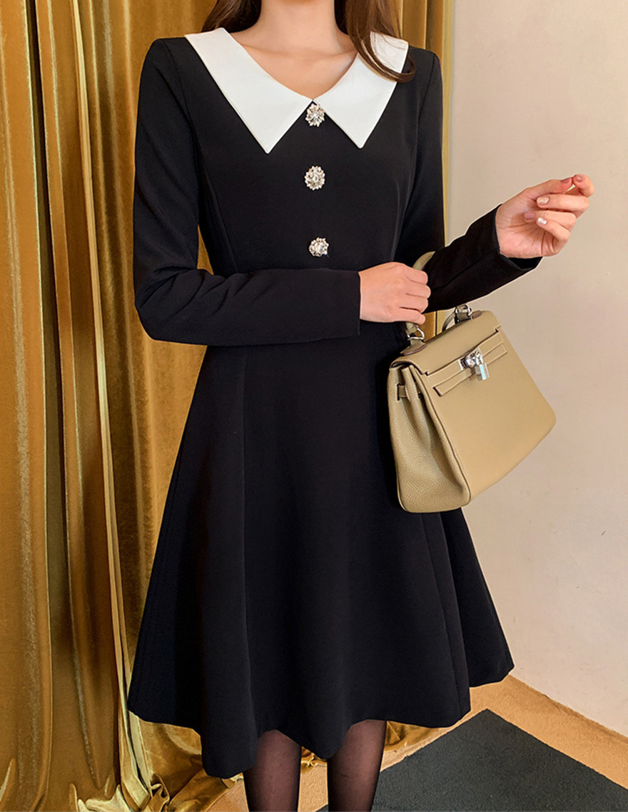 달리호텔 / Naomi Sailor Collar Dress_H61592