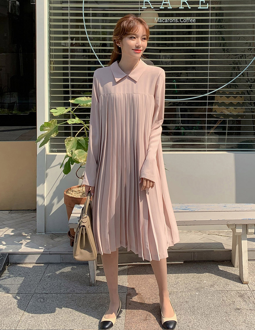 달리호텔 / Nina Collar Pleated Dress