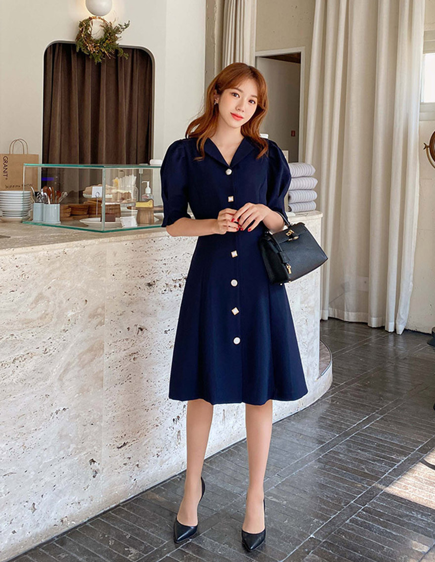 달리호텔 / Unique Button Volume Flare Dress_H64369