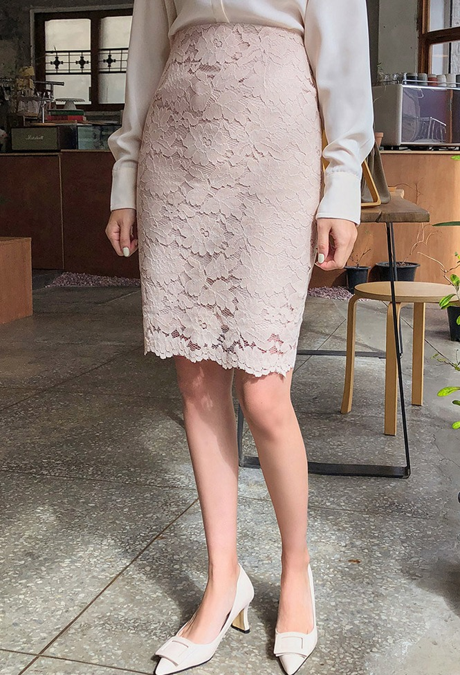 달리호텔 / Lilac Lace Pencil Skirt_H63155