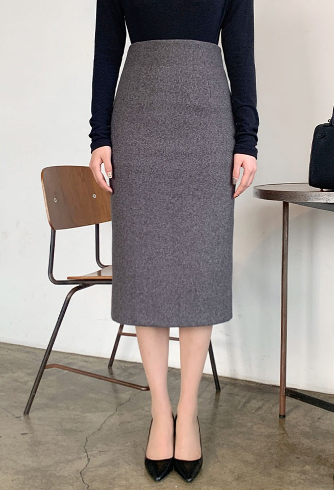 달리호텔 / WOOL Daily Check-in Skirt