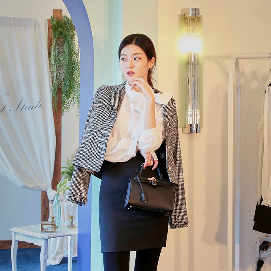 [CHUU]Tweed Pearl Crop Jacket