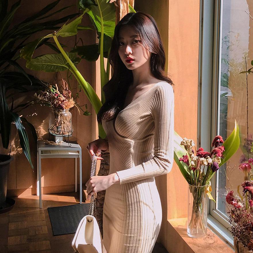 [CHUU] Ribbed Knit Wrap Dress