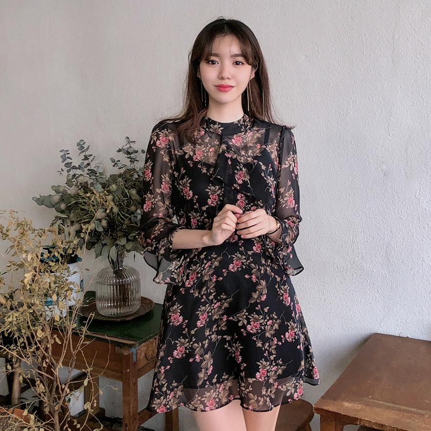 [CHUU] Floral Chiffon Mini Dress