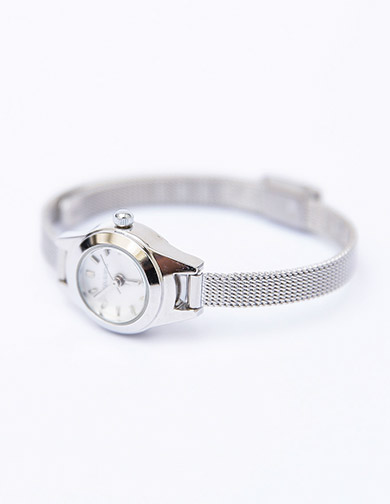 달리호텔 / Silver Mesh Band Watch