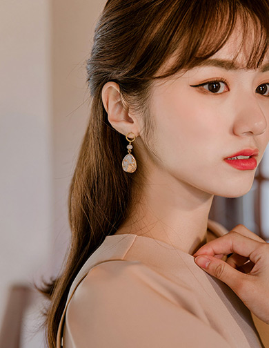 [CHUU]Sparkling Gold Drop Earring