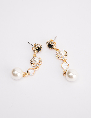 달리호텔 / Four Drop Pearl Earring