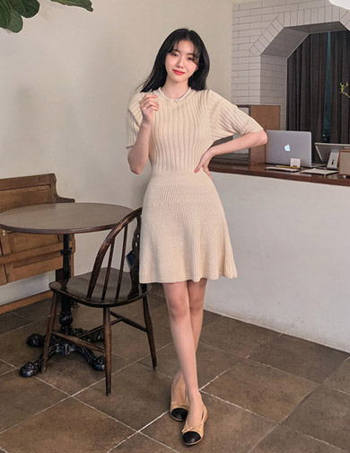 달리호텔 / Soft Knit Dress